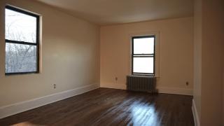 176 Colonial Pkwy #2N, Yonkers, NY 10710