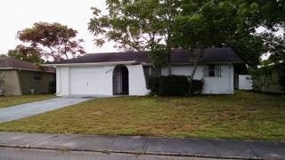 8834 Carmen Ln, Port Richey, FL 34668