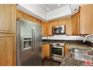 13801 Oxnard Street #102, Valley Glen CA