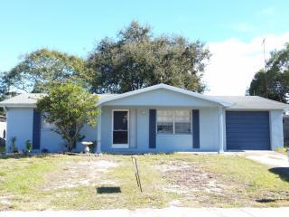 9026 Rainbow Ln, Port Richey, FL 34668
