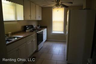 595-597 Zanesville Ave, Logan, OH 43138