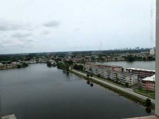 1351 Northeast Miami Gardens Drive #1712E, North Miami Beach FL