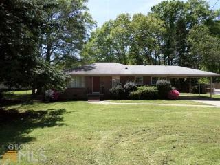 305 Glen Iris Dr, Monroe, GA 30655