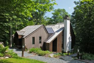 559 Crimson Hawk Rd, Plymouth, VT 05056