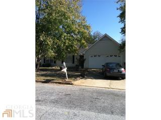 325 Monmouth Dr, Fayetteville, GA 30214
