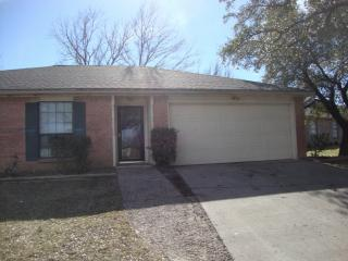 9905 Caravelle Ct, Fort Worth, TX 76108