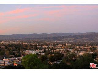 11285 Laurie Dr, Studio City, CA 91604