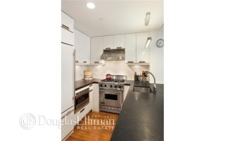 261 West 28th Street #2A, New York NY