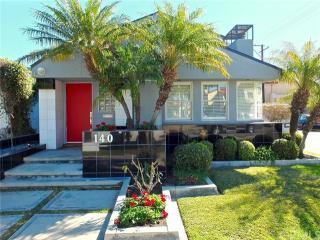 140 Granada Avenue, Long Beach CA