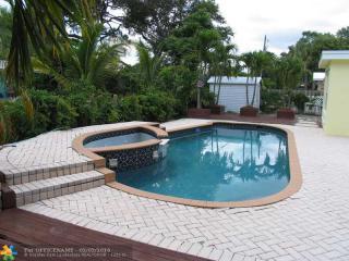350 Southeast 6th Street, Pompano Beach FL