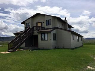 934 Little Joe Ln, Hamilton, MT 59840