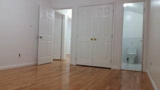 16435 75th Rd, Queens, NY 11366