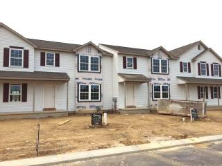 310 Meadow View Dr, Myerstown, PA 17067