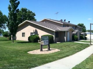 1717 N 9th St, Beatrice, NE 68310