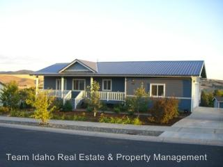 445 Victoria Dr, Moscow, ID 83843
