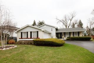 4609 Sterling Road, Downers Grove IL