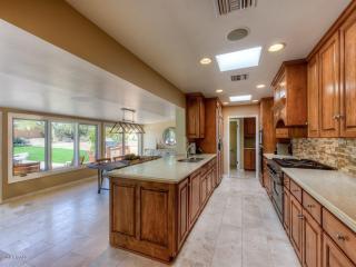 5615 E Cactus Wren Rd, Paradise Valley, AZ 85253
