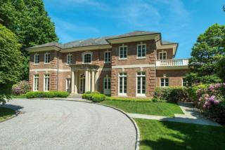 11 Bayberry Lane, Greenwich CT