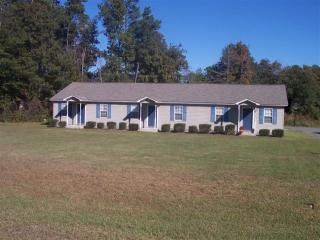 126 Dell Dr, Dudley, NC 28333