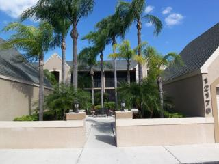 12170 Kelly Greens Boulevard #81, Fort Myers FL