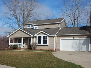 4961 Summer Lawn, North Olmsted OH