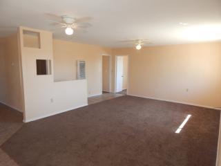 9350 W Claude St #2, Tucson, AZ 85735