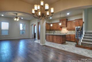 955 North Academy Avenue, New Braunfels TX