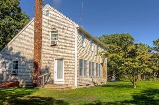 38 Old Indian Trail, Edgartown MA