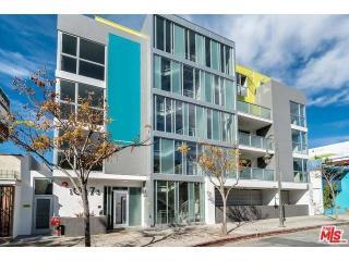 10473 Santa Monica Blvd #303, Los Angeles, CA 90025