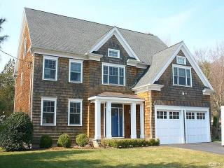 15 Bayberry Road, Fairfield CT