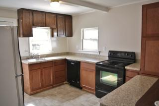 110 N Early St, Hummelstown, PA 17036