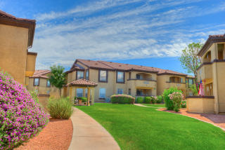 1361 S Greenfield Rd, Mesa, AZ 85206