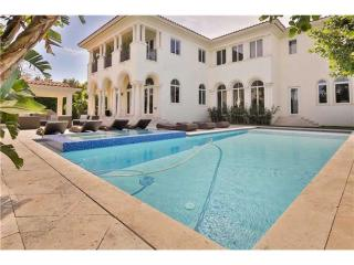 9601 Broadview Terrace, Bay Harbor Islands FL