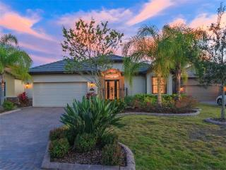 7522 Rio Bella Place, University Park FL