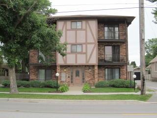 18405 Wentworth Avenue #3A, Lansing IL