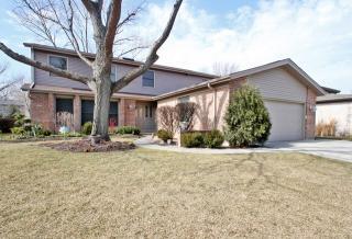 2680 Greenwood Avenue, Highland Park IL