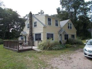 349 Farmholme Rd, Stonington, CT 06378