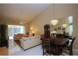 5556 Greenwood Circle, Naples FL