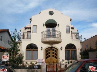 1445 25th St #202, Santa Monica, CA 90404
