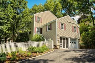 29 West End Avenue, Gardner MA