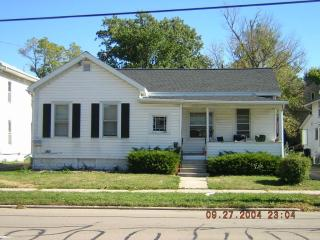 1154 High Ave, Oshkosh, WI 54901