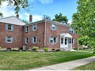 6A Weis Rd, Albany, NY 12208