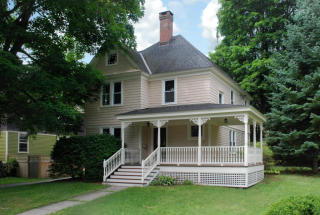 18 Benton Avenue, Great Barrington MA