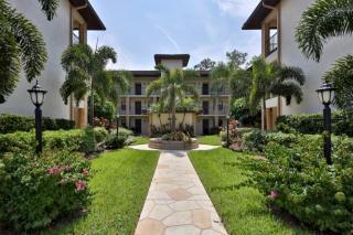 221 Fox Glen Drive #2301, Naples FL