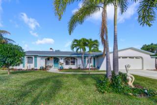 4201 Honeysuckle Avenue, Palm Beach Gardens FL
