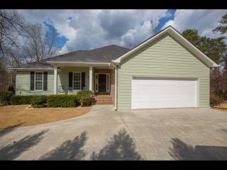 6116 Misty Valley Drive Southeast, Acworth GA