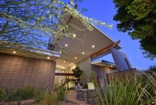 Davenel House 9532 E Conquistadores Drive, Scottsdale AZ