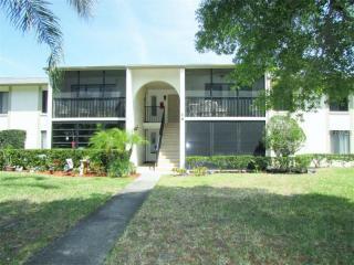 3153 Lake Pine Way #H1, Tarpon Springs FL