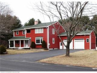 14 Hedgerow Drive, Cumberland ME