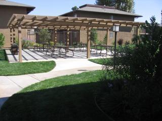 3935 La Sierra Ave, Riverside, CA 92505